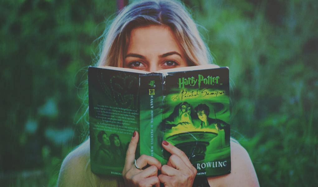 Capa de livros no Canva
