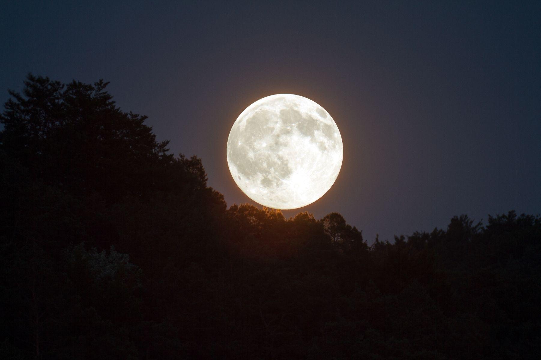 A Lua na astrologia: relação com os signos e casas