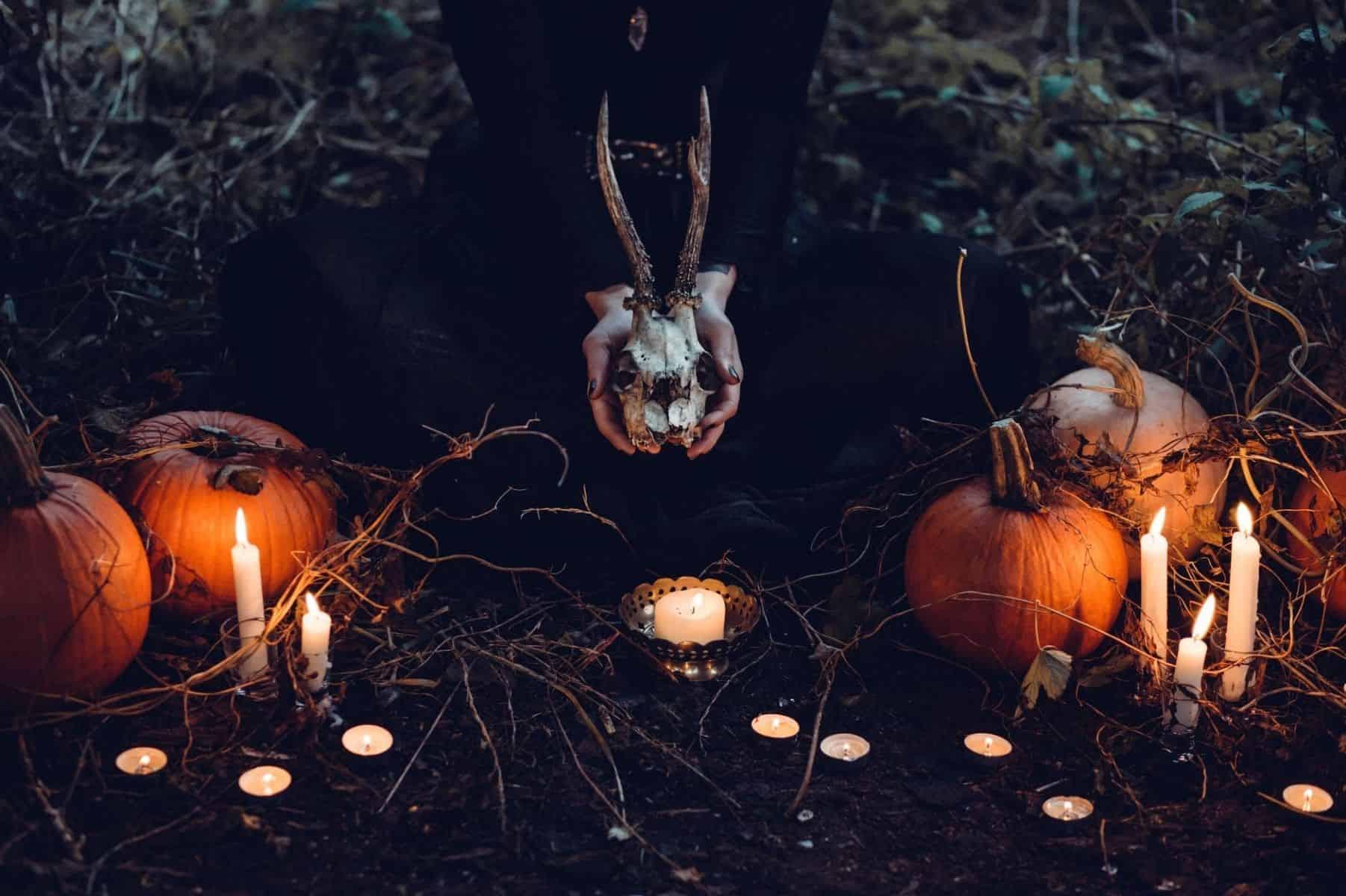 cinco mitos sobre a bruxaria